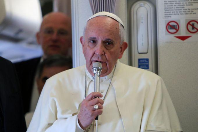 Pope_Francis_in_flight_press_conference_3_Jan_18_2015_Vatican_Catholic_News_Credit_Alan_Holdren_CNA_CNA
