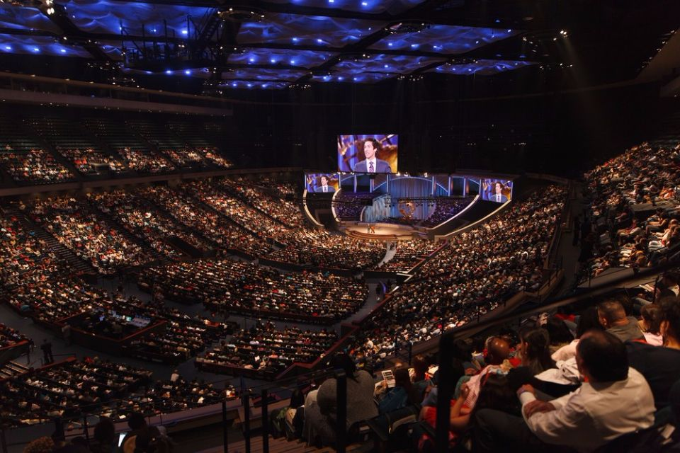 The-Lakewood-Church (1)